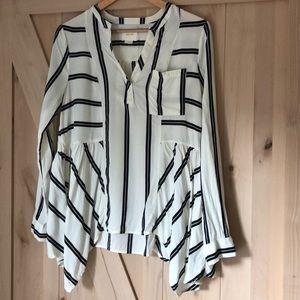 Anthropology Maeve cream/black blouse